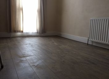 Thumbnail 2 bed property to rent in Mortlake Road, Ilford