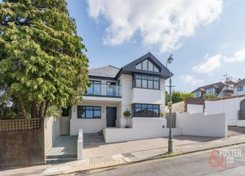 4 bed property for sale in Benett Avenue, Hove BN3