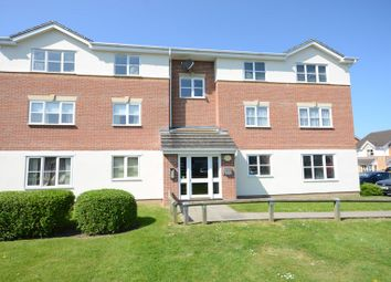 Thumbnail 1 bed flat to rent in Elm Park, Reading