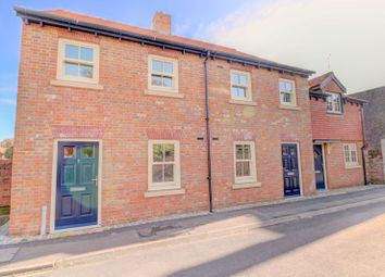 Grove Place, Faversham ME13. 2 bed terraced house for sale