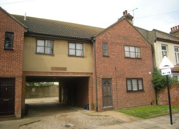 Thumbnail 1 bed flat to rent in Stromness Road, Southchurch Village, Southend