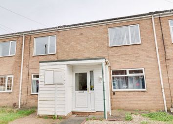 Thumbnail 2 bedroom flat for sale in Ancaster Court, Scunthorpe