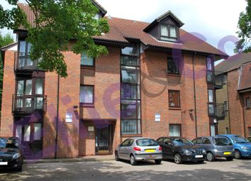 Thumbnail 1 bed flat to rent in Croydon Road, Beckenham