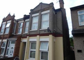 Thumbnail 3 bed flat to rent in Salisbury Rd, Harrow