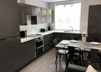 Thumbnail 6 bed flat to rent in Romsey Road, Winchester