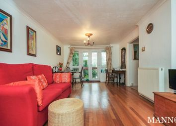 Thumbnail 1 bedroom maisonette to rent in Greenways, Westwood Hill, Sydenham