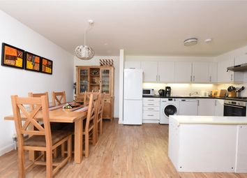 2 bed flat for sale in Merton Road, London SW18