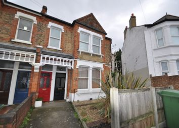 2 bed maisonette to rent in Wyndcliff Road, London SE7
