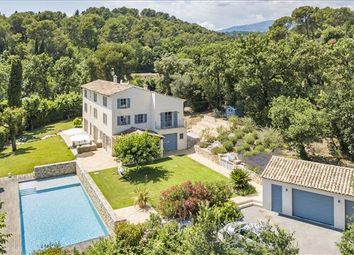 Thumbnail 5 bed property for sale in Roquefort-Les-Pins, France