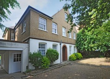 Thumbnail Studio to rent in Woodside, London