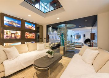 Thumbnail 2 bed mews house for sale in Junction Mews, London