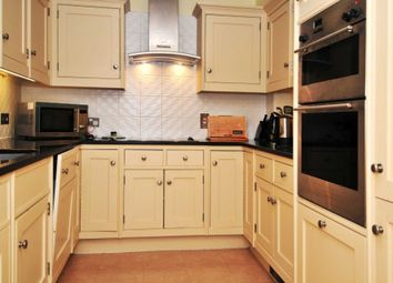 Thumbnail 1 bedroom flat to rent in Turners Hill Road, Pound Hill, Crawley