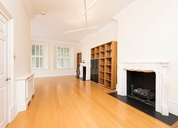 3 bed maisonette to rent in Marloes Road, Kensington W8