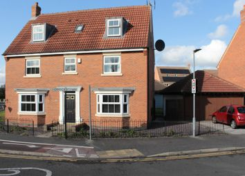Thumbnail 6 bed detached house for sale in Hornscroft Park, Kingswood, Hull, North Humberside
