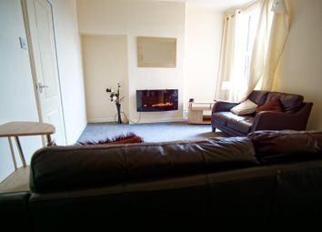1 bed property to rent in New Hall Lane, Preston PR1