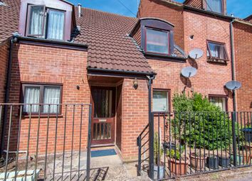 Thumbnail 3 bedroom terraced house for sale in Kingfisher Way, Bishop's Stortford