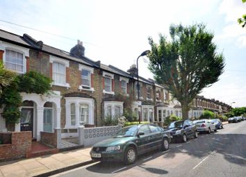 Thumbnail 1 bed flat to rent in Roding Road, Homerton