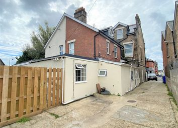 Ashley Road, Parkstone, Poole, Dorset BH14. 1 bed flat