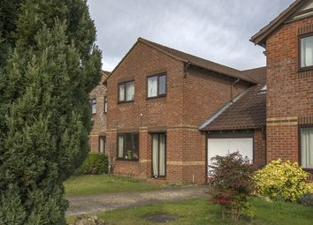 Thumbnail 4 bed flat to rent in Willow Drive, Bicester