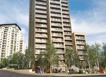 3 bed flat to rent in Heritage Tower, East Ferry Road, London E14