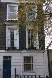Thumbnail Studio to rent in Oakley Street, London