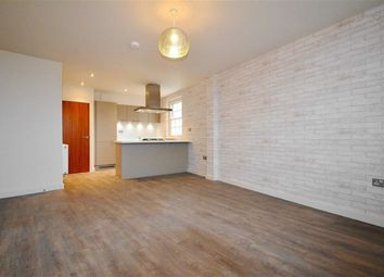 1 bed flat to rent in Royal Mews, Southend-On-Sea SS1