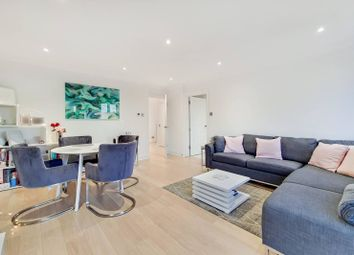 Thumbnail 1 bedroom flat for sale in Peninsula Court, Canary Wharf, London