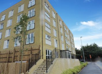 Thumbnail 2 bed flat to rent in Temple Hill, Dartford, Kent