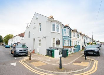 Thumbnail 2 bed flat to rent in Wordsworth Street, Hove, East Sussex