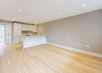 Arkwright Road, Sanderstead, South Croydon CR2. 3 bed flat