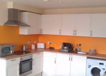 Thumbnail 2 bedroom flat to rent in Innerbrook Road, Torquay