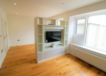 Thumbnail 1 bed flat to rent in Cressys Corner, Lampton Road, Hounslow