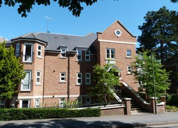 Thumbnail 2 bed flat for sale in Harestone Valley Road, Caterham