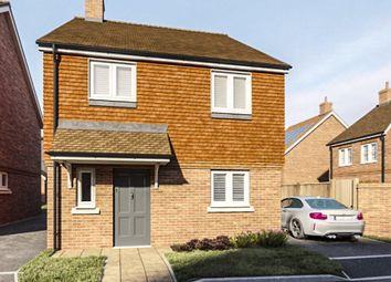 Ash, Aldershot GU12. 3 bed detached house