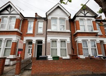 Thumbnail 2 bedroom flat to rent in Barclay Road, Bushwood Area