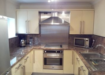 2 bed flat to rent in Bowling Court, Thornes, Wakefield WF2