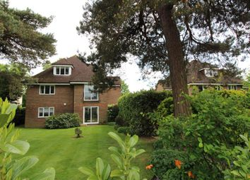 Thumbnail 2 bed flat for sale in Tubbenden Lane South, Farnborough, Kent
