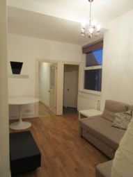 3 bed maisonette to rent in Ling Road, London E16