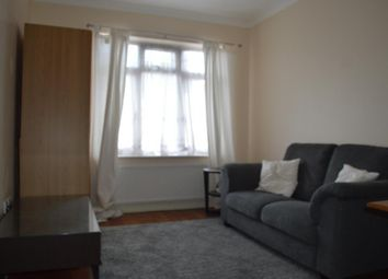 Thumbnail 1 bed flat to rent in Cadagan Gardens, Finchley, London