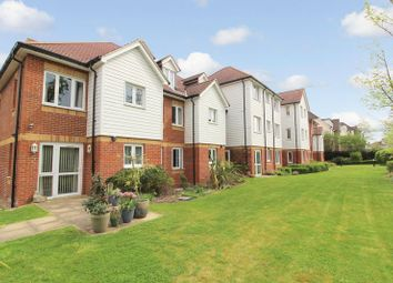 Thumbnail 2 bed property for sale in Penlee Close, Edenbridge