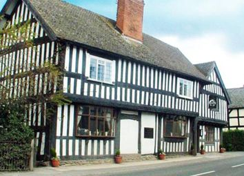 Thumbnail Pub/bar for sale in East Street, Pembridge, Leominster
