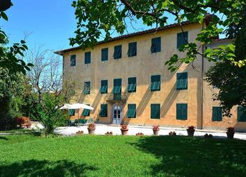 Thumbnail 10 bed villa for sale in Lucca, Tuscany, Italy