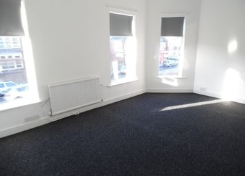 Thumbnail 1 bed flat to rent in Linden Street, Mansfield