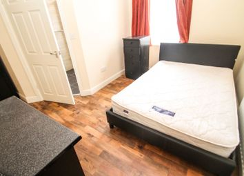 Thumbnail Room to rent in Room 2, Stratford Terrace, Beeston