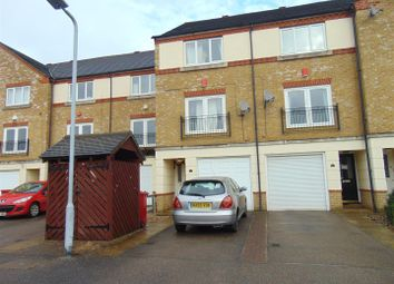 Thumbnail 3 bed town house to rent in Hunstanton Close, Colnbrook, Slough