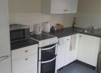 Thumbnail 2 bed flat to rent in High Street, Cranford