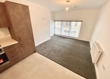 Thumbnail 2 bed flat to rent in Westgate, Huddersfield