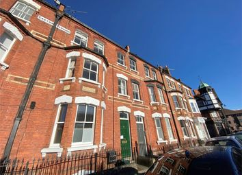 2 bed flat to rent in Station Road, Henley-On-Thames RG9