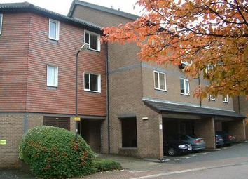 1 bed flat to rent in Abbeyfields Close, Park Royal NW10