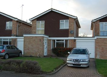 3 bed detached house to rent in The Finches, Sittingbourne, Kent ME10
